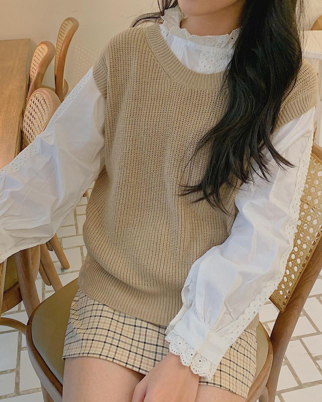 """Ngắm là muốn sắm luôn 10 mẫu áo len sang xịn, phối đồ nào cũng """"ăn rơ"""" - ảnh 17"""