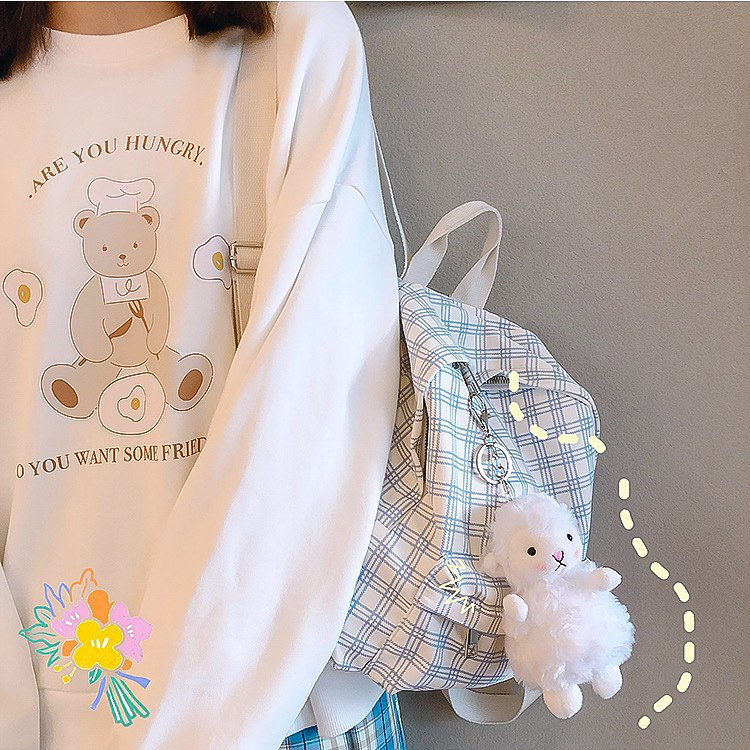 Bắt chước Jisoo, Lisa sắm móc khóa thú bông treo túi siêu cute - ảnh 14