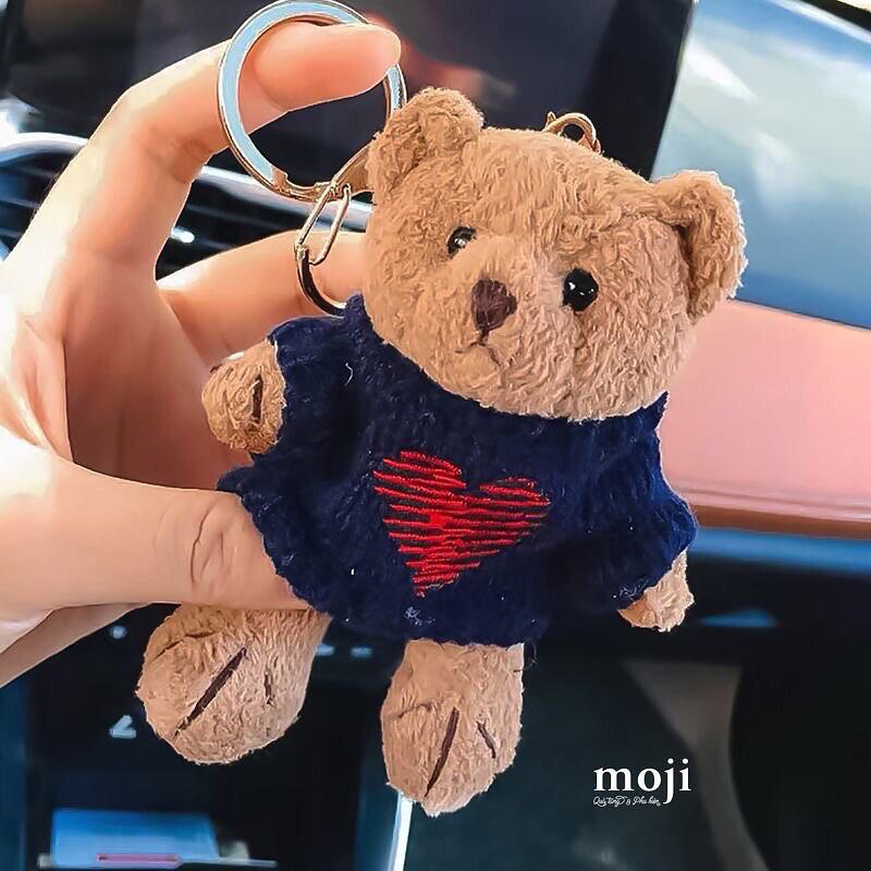 Bắt chước Jisoo, Lisa sắm móc khóa thú bông treo túi siêu cute - ảnh 17
