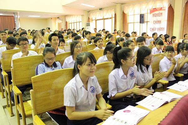 Chương trình vui học ATGT cho học sinh THPT & THCS 1