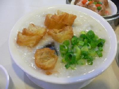 lang-thang-thuong-thuc-chao-suon-sun-troi-thu