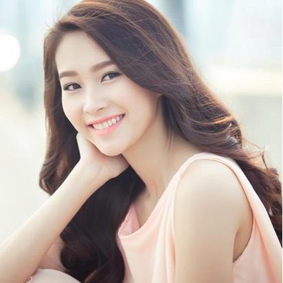 Hoa hậu Thu Thảo: Mái tóc dài óng ả là điều khiến tôi nổi bật trong làng giải trí