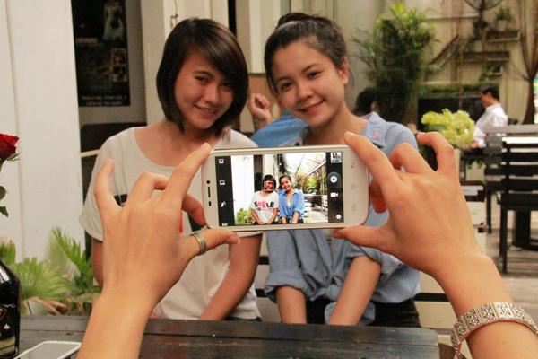 """Ưu đãi """"khủng"""" cho giới trẻ cơ hội sở hữu smartphone 5"""
