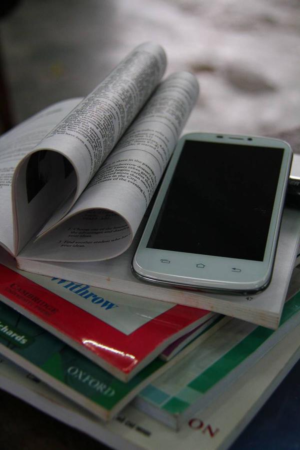 """Ưu đãi """"khủng"""" cho giới trẻ cơ hội sở hữu smartphone 6"""