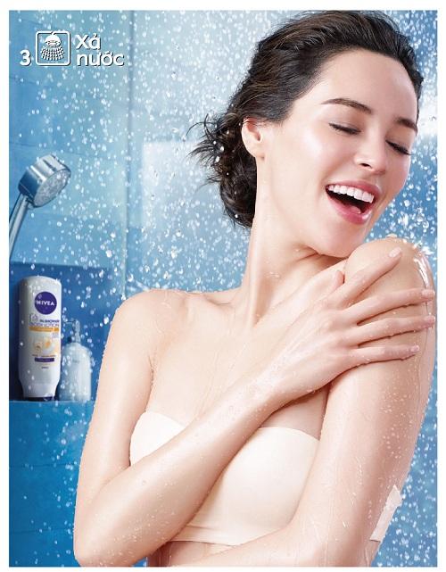 Tắm – Thời điểm vàng để dưỡng da trắng mịn 3