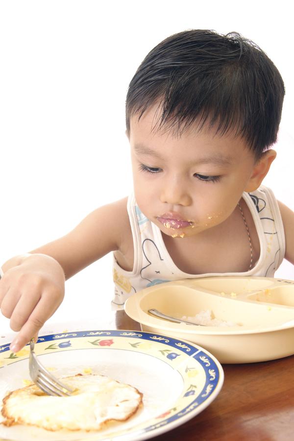 Mách mẹo cho các mẹ cách chăm sóc cho trẻ khi trẻ thiếu dinh dưỡng