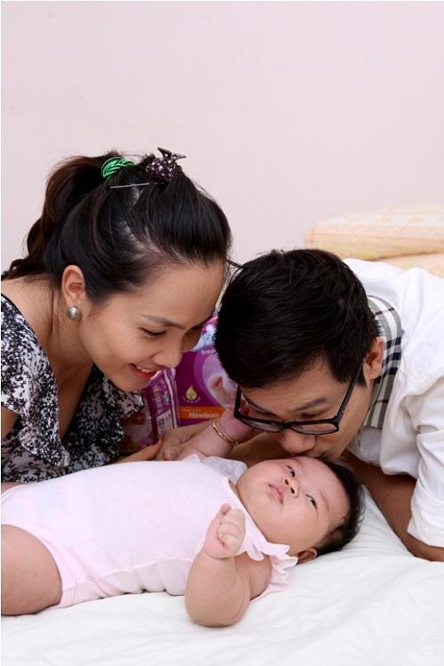 Ca sĩ Hoàng Bách bật mí bí quyết cho bé giấc ngủ ngon 2