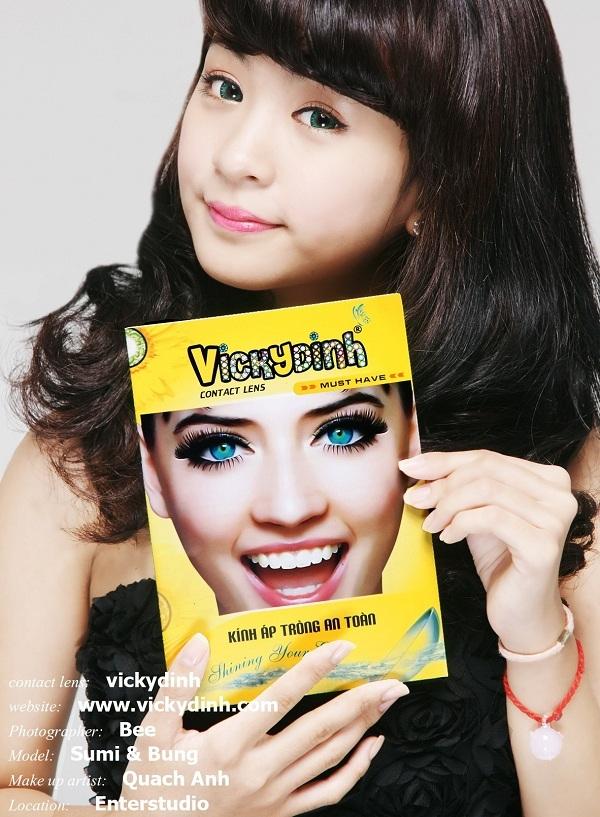Kính áp tròng VICKYDINH: Chụp ảnh cùng thương hiệu 15