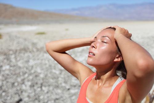 Vì sao hệ tiêu hóa dễ bị tổn thương vào mùa hè? 1