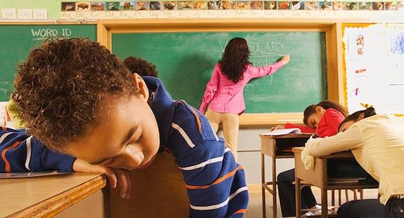 Sai lầm cha mẹ hay mắc phải khi con bước vào năm học mới 6