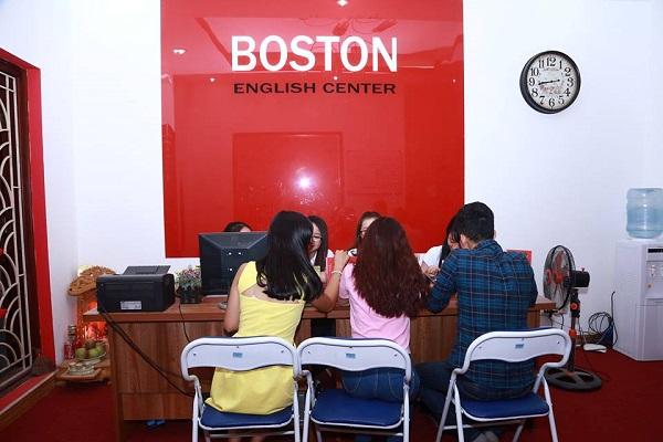 Học tiếng Anh hiệu quả với giáo viên bản ngữ tại Boston English 4