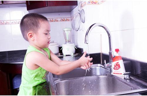 Cảnh giác với bệnh viêm đường hô hấp ở trẻ khi thời tiết chuyển mùa 2
