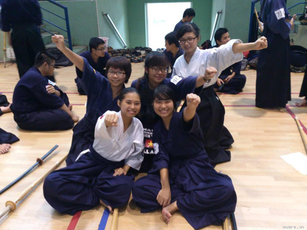 trẻ Hà thành hăng say tập luyện kiếm đạo Nhật Bản 5