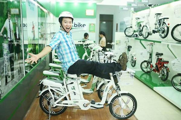 Hà Lade, Phở cùng dàn hot boy, hot girl cực chất bên xe đạp điện 5