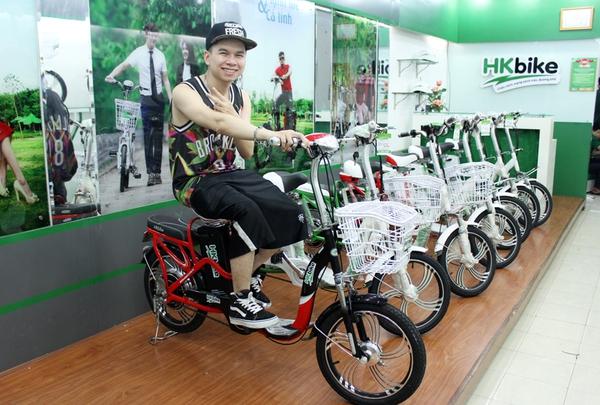 Hà Lade, Phở cùng dàn hot boy, hot girl cực chất bên xe đạp điện 6