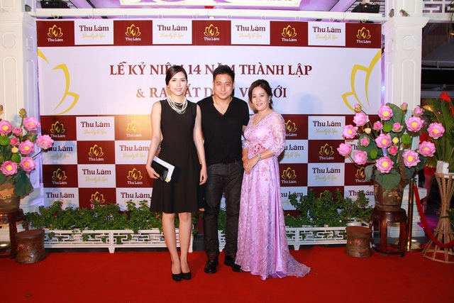 Vợ chồng Minh Tiệp tham dự lễ kỷ niệm 14 năm thành lập Thẩm mỹ viện Thu Lâm 2