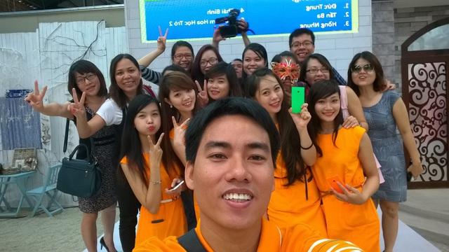 """Chụp ảnh """"tự sướng"""" cực đẹp cùng Lumia 730 Selfie 2"""