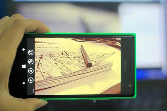 """Chụp ảnh """"tự sướng"""" cực đẹp cùng Lumia 730 Selfie 3"""