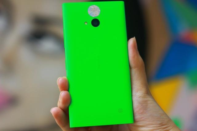 """Chụp ảnh """"tự sướng"""" cực đẹp cùng Lumia 730 Selfie 4"""