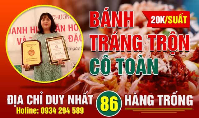"""Bánh tráng trộn Cô Toàn 86 Hàng Trống """"hút"""" giới trẻ Hà thành 1"""