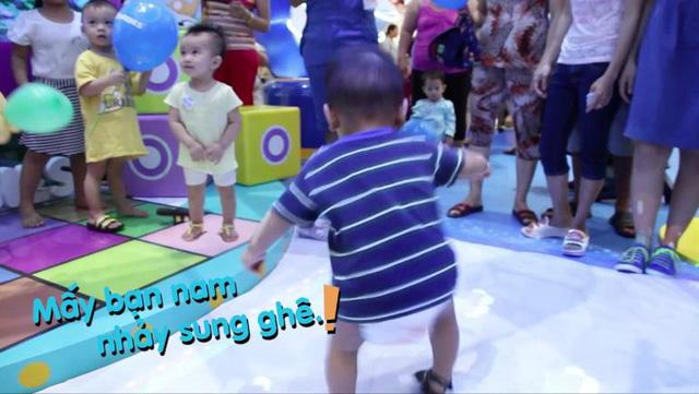 """Cuộc tranh cãi """"nảy lửa"""" giữa con MC Diệp Chi và Ốc Thanh Vân 3"""