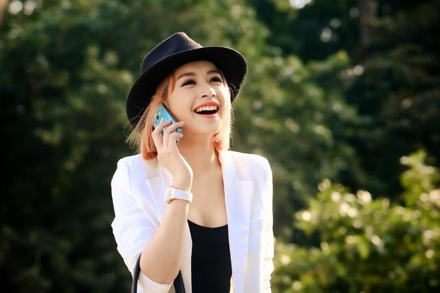 Chi Pu tiết lộ lý do giới trẻ học đường nên chọn Samsung Galaxy V