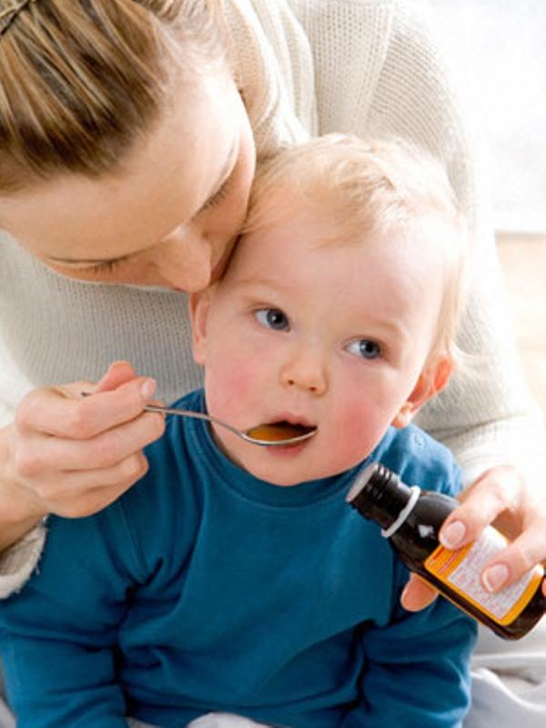 Các mẹ cần biết: Phòng bệnh cho trẻ lúc giao mùa 1