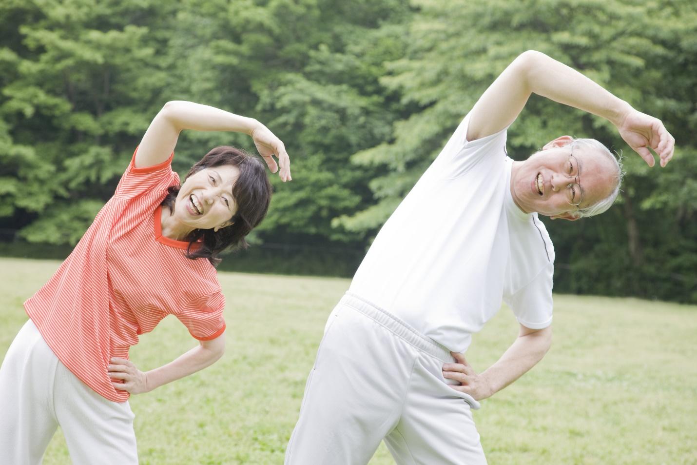 Những lưu ý giúp bạn mua được bảo hiểm sức khỏe chất lượng cho bố mẹ