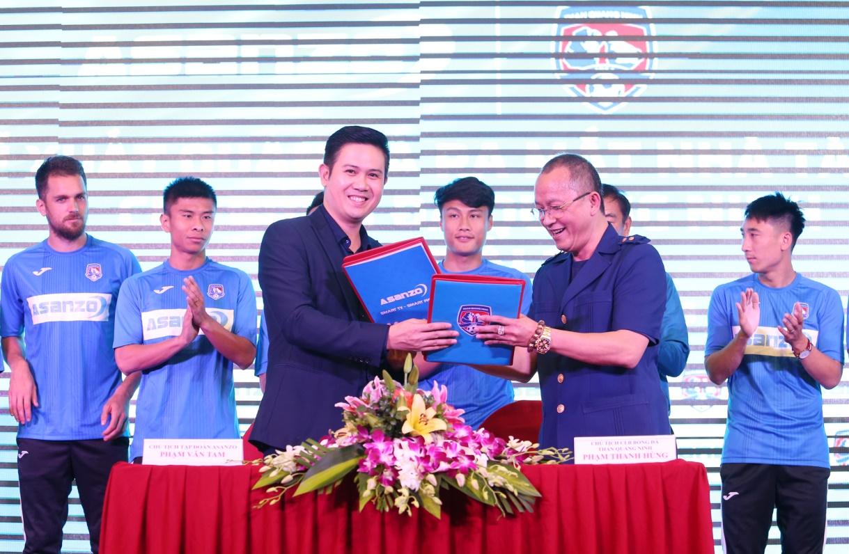 Tập đoàn điện tử Asanzo chi 20 tỷ đồng tài trợ cho CLB Bóng đá Quảng Ninh trước mùa giải 2019