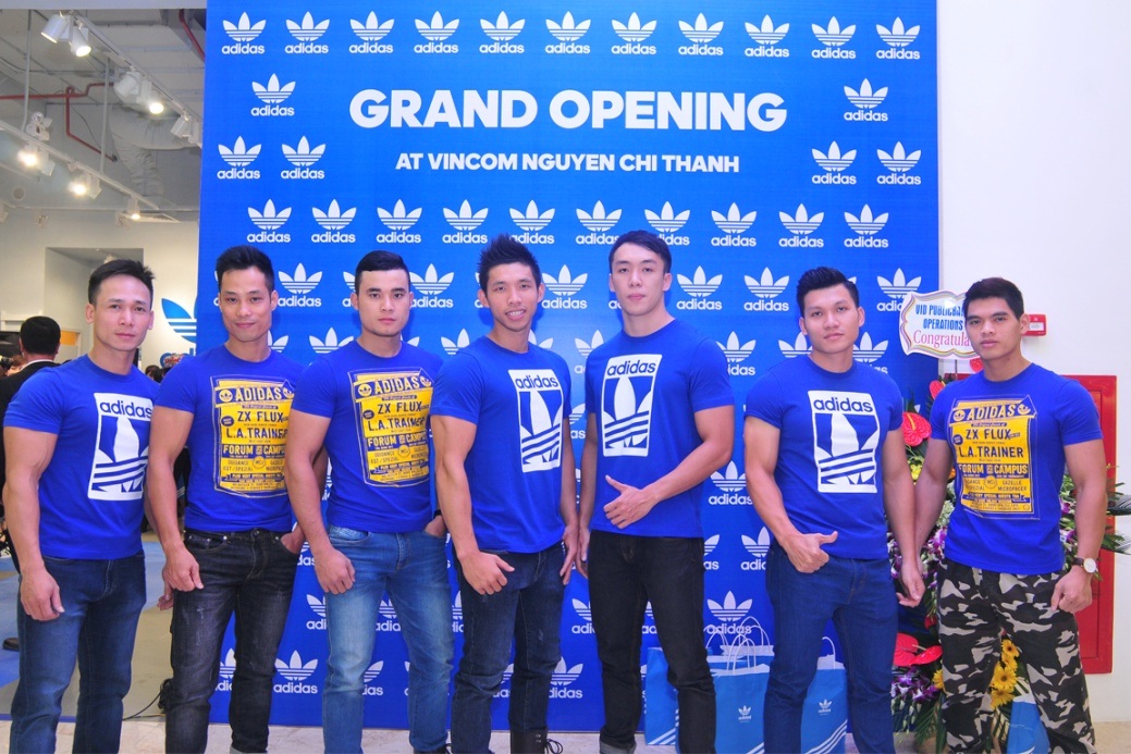 Dàn sao trẻ khuấy động tiệc khai trương cửa hàng Adidas Originals tại Hà Nội - Ảnh 3.
