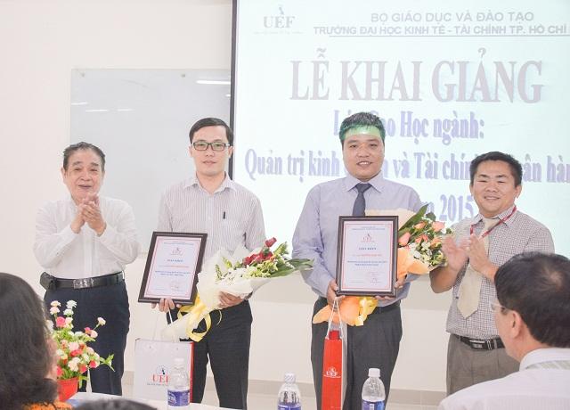 UEF khen thưởng học viên đạt kết quả thi xuất sắc trong kỳ tuyển sinh năm 2015