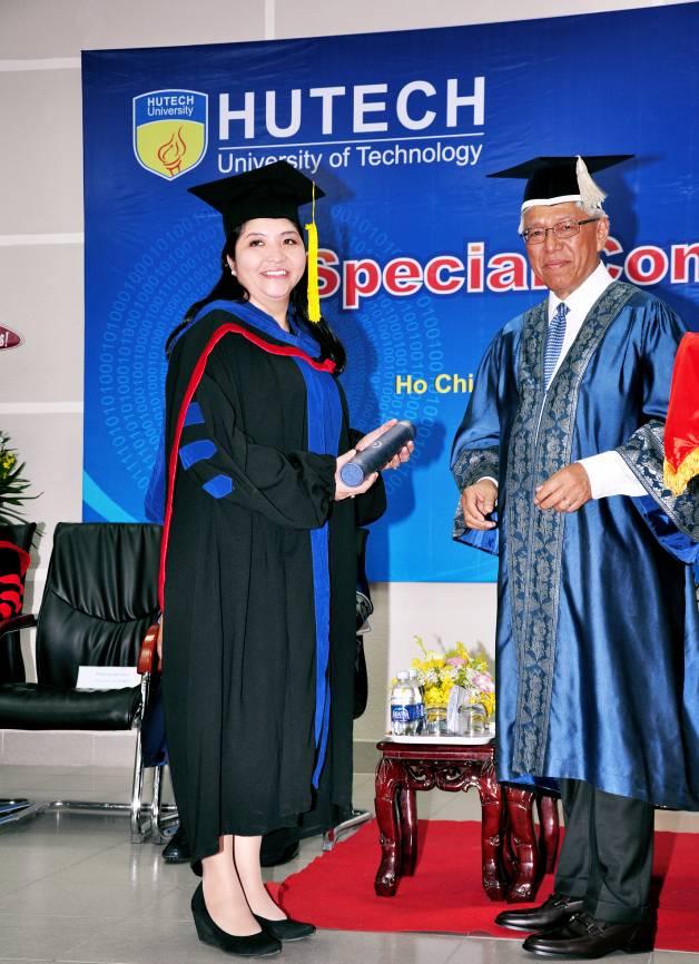 Chị Phạm Thị Thanh Phương - Phó TGĐ Công ty CP Vận tải tốc hành Mai Linh