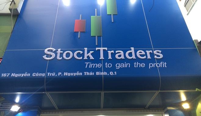 StockTraders – Cơ hội nhận khuyến mãi cuối cùng năm 2016