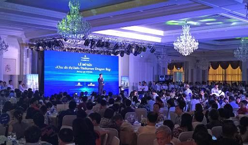 Sự kiện đã thu hút hơn 800 khách hàng tham dự