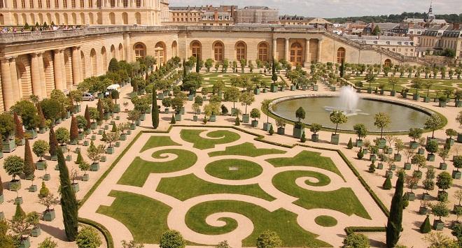 Dự án D'. Palais de Louis: Tái hiện lại hình ảnh cung điện Versailles