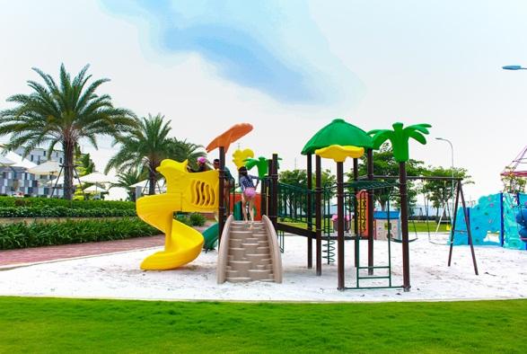 Không gian vui chơi đầy sắc màu tuổi thơ tại Melosa Garden.