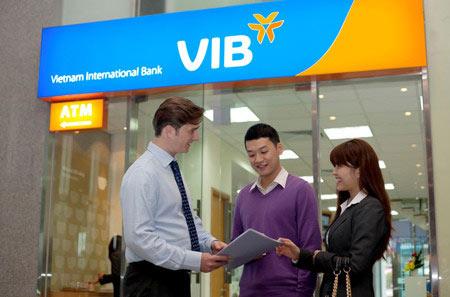 Cuối năm là thời điểm rất thuận lợi để các ngân hàng tung ra các chương trình khuyến mãi.