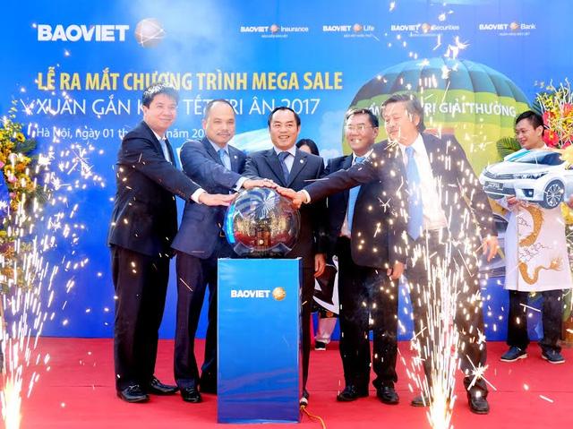 Bảo Việt ra mắt chương trình khuyến mãi tích hợp Xuân gắn kết - Tết tri ân 2017 Mega Sale.