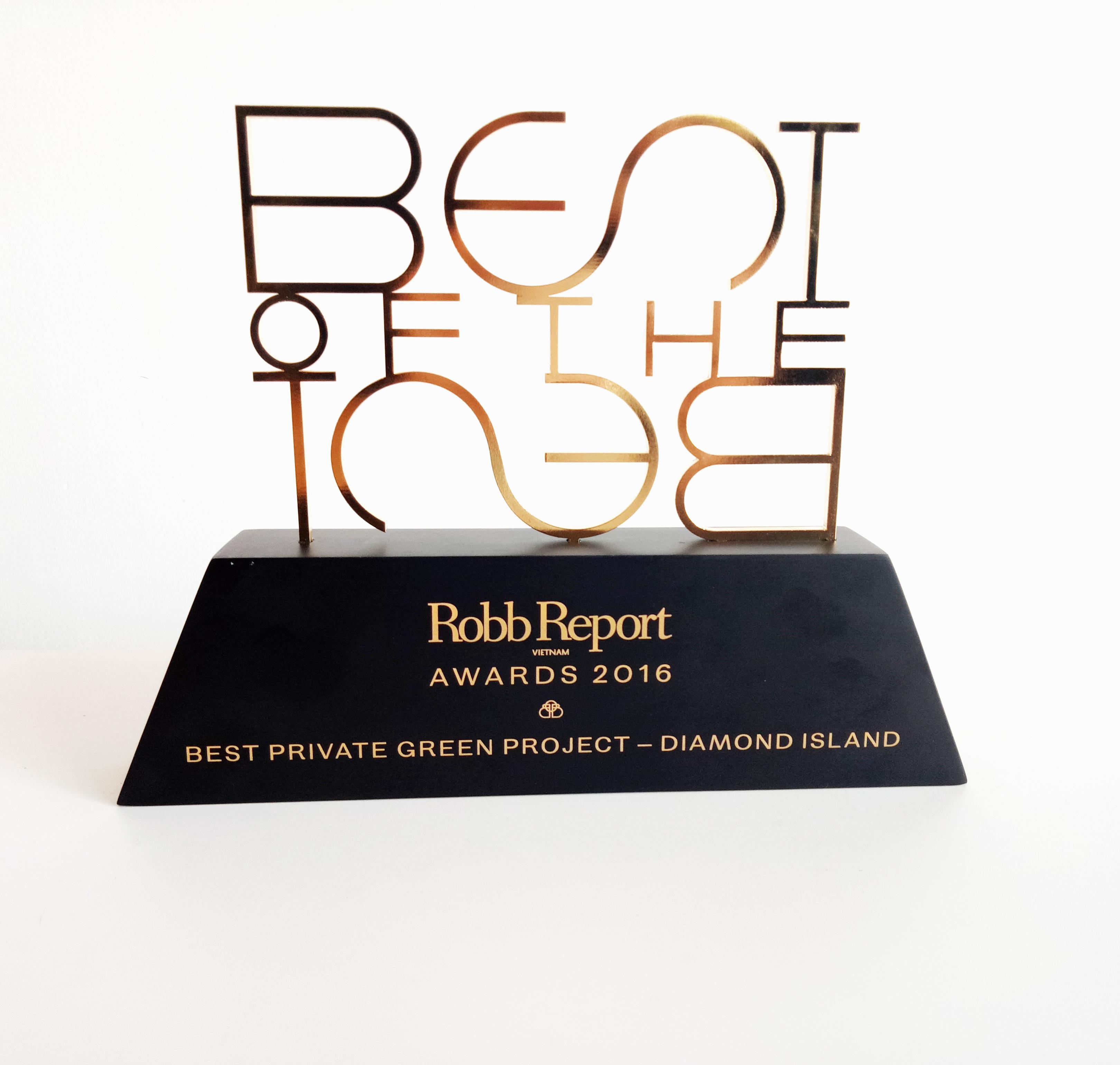 """Giải thưởng Best of the Best 2016 cho hạng mục """"Không gian sống xanh và biệt lập của năm""""."""