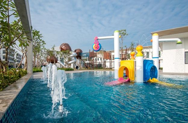 Khu tiện ích ParkCity Hanoi Club cận kề các tiểu khu ở là không gian gắn kết mọi hoạt động gia đình.
