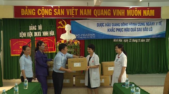 Dược Hậu Giang đồng hành, hỗ trợ các đơn vị y tế miền Trung khắc phục hậu quả thiên tai
