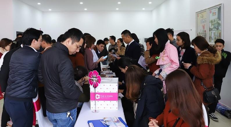 Hàng trăm khách hàng bốc thăm chọn mua căn hộ tòa K3, The K – Park