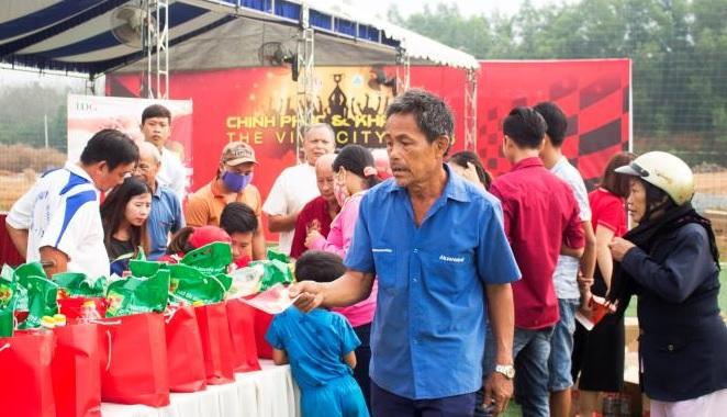 """LDG Group tổ chức chương trình """"Ấm áp nghĩa tình xuân"""" tại Giang Điền"""