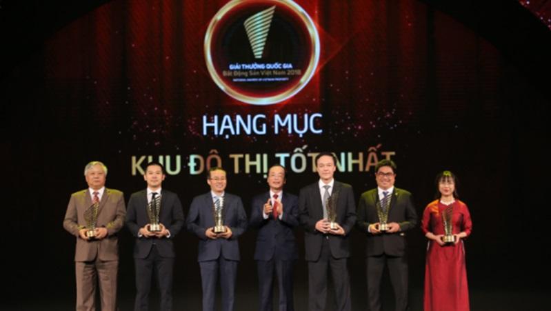 Ciputra Hanoi đón nhận 02 giải thưởng bất động sản uy tín