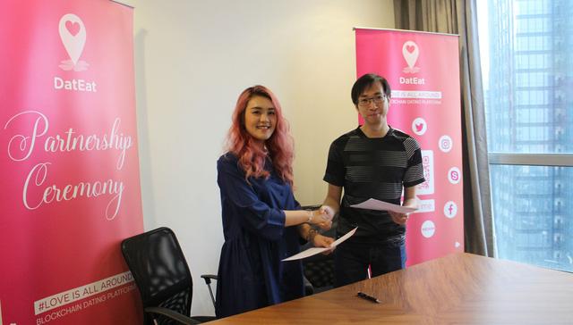 DatEat Holdings chính thức kí kết hợp tác cùng kênh livestream trực tuyến hàng đầu Việt Nam TalkTV - VNG