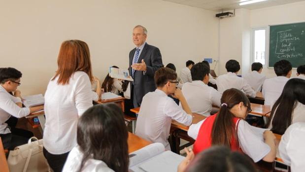 MBA OUM - Bệ phóng vững vàng, thành công vượt trội