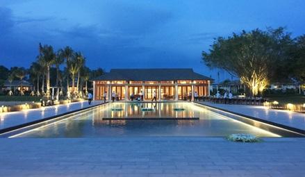 Azerai Cần Thơ – niềm cảm hứng mới của huyền thoại ngành khách sạn Adrian Zecha