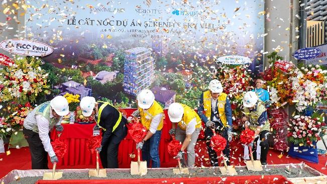SonKim Land tổ chức cất nóc dự án biệt thự trên không Serenity Sky Villas