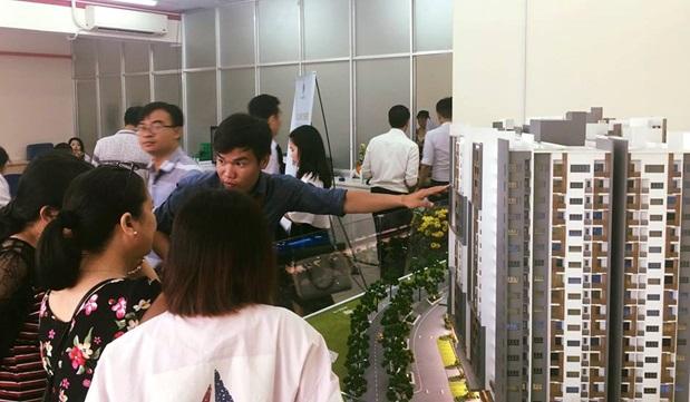 """Lạ với cách bán hàng """"một mình một chợ"""" của các doanh nghiệp địa ốc tại Việt Nam"""