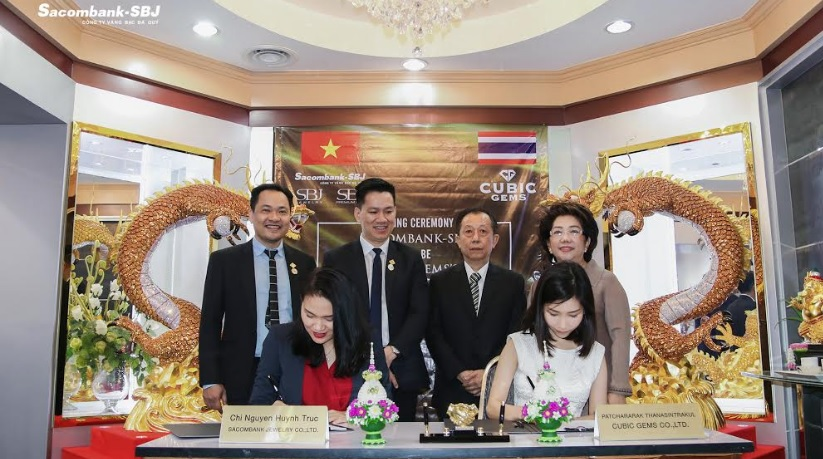 Quà tặng Kim hoàn Sacombank-SBJ và Cubic Gems Thái Lan: Sự kết hợp hoàn hảo